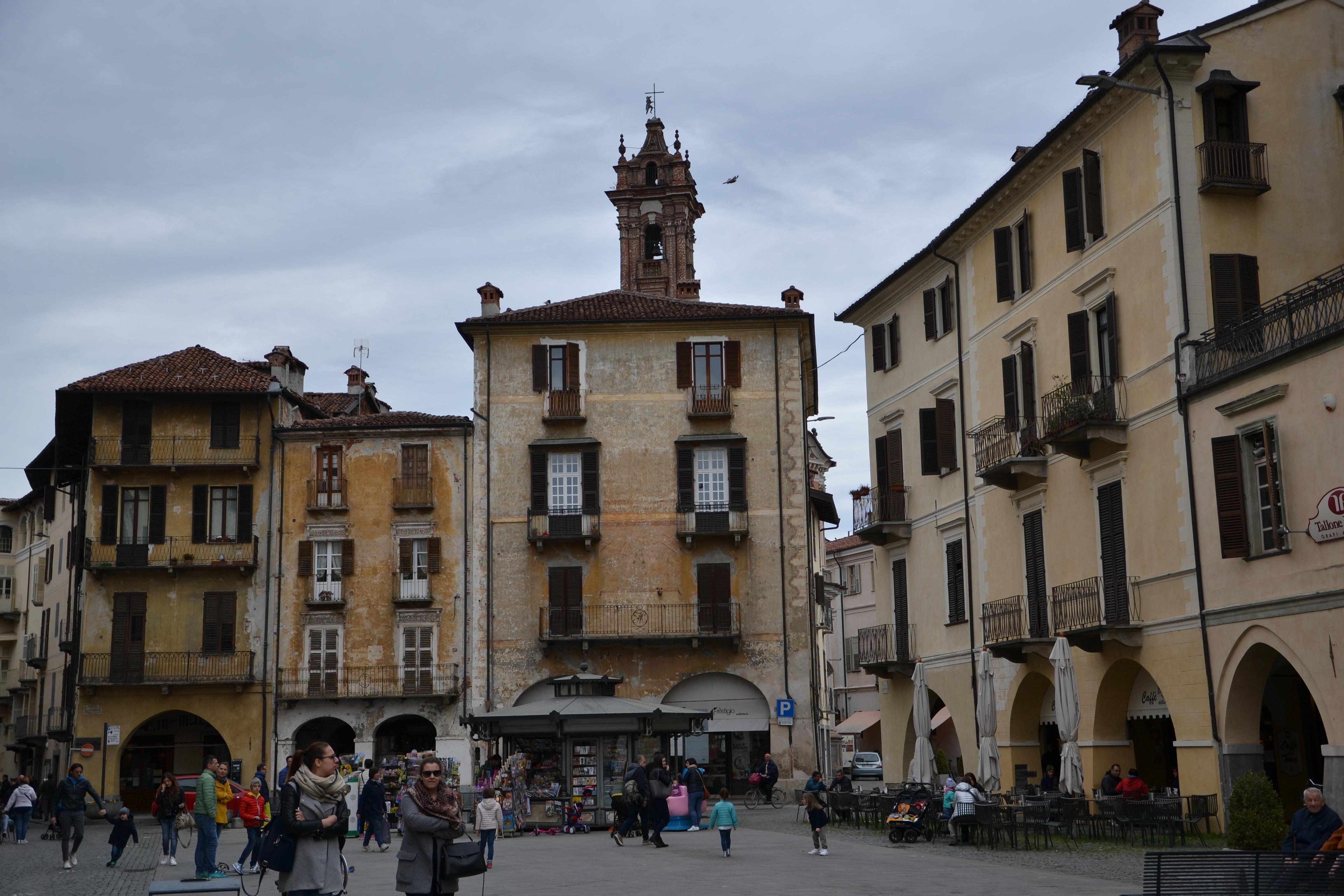 Piazza Santa Rosa