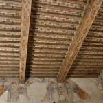 Soffito a cassettoni di una delle stanze di Palazzo Taffini, nel quale si trova il Museo delle Essenze